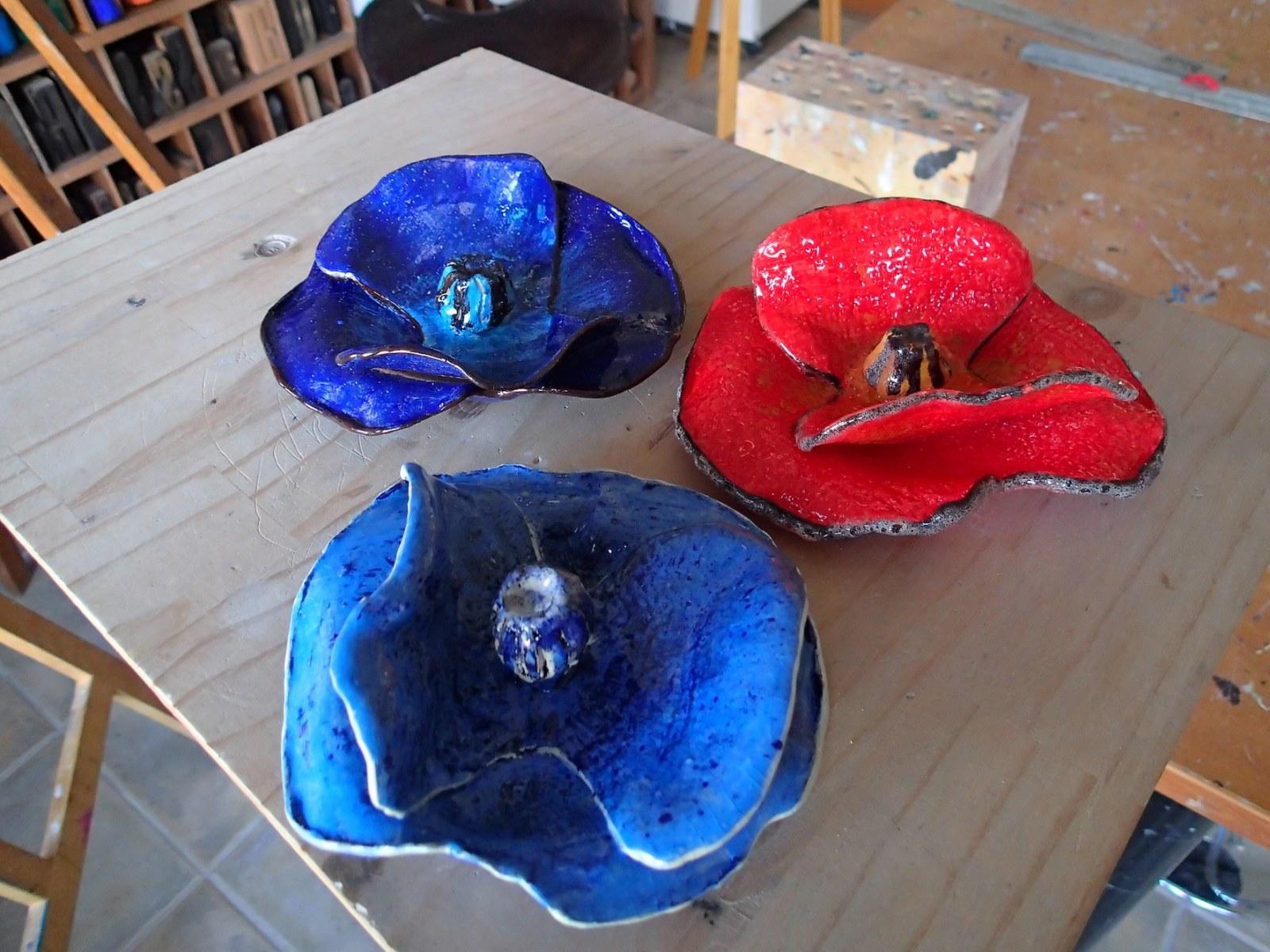 Maryline Perrin - fleurs (céramique)